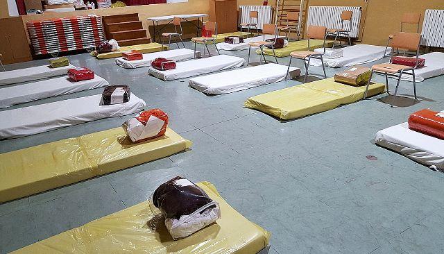 Gimnasio del colegio de sa Bodega, habilitado para acoger a los 'sin techo' el pasado invierno, durante la ola de frío. AY. IBIZA