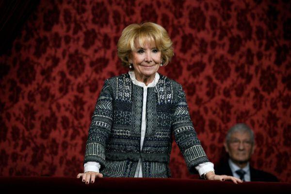 GRAF2053. MADRID.- La expresidenta de la Comunidad de Madrid, Esperanza <HIT>Aguirre</HIT> a su llegada a la tribuna del Senado este martes, cuando comienza la XIV Legislatura con la constitución de la Cámara.