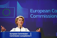 European Commission President Ursula von der <HIT>Leyen</HIT> briefs the media after the first meeting of her new college of commissioners in Brussels
