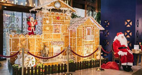 Papá Noel no falta en la decoración del hotel.