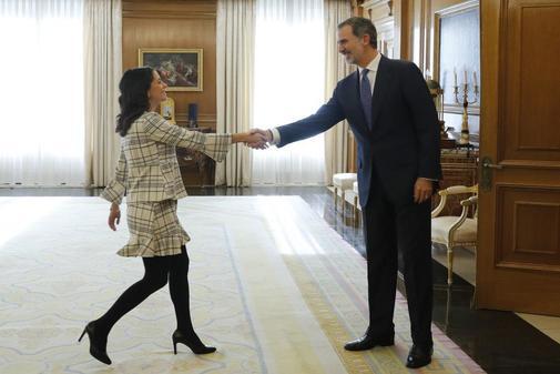 Inés Arrimadas llamará hoy a Pedro Sánchez para que mire al centro y busque un acuerdo con PP y Ciudadanos