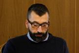 El acusado, César Adrio Otero, en el banquillo de la Audiencia de Pontevedra este miércoles en el juicio por el asesinato de Ana Enjamio.