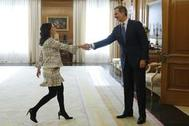 Felipe VI recibe a la portavoz de Ciudadanos, Inés Arrimadas, en su ronda de consultas.