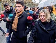 Raúl Calvo (c), uno de los tres jugadores de la Arandina condenados por agresión sexual a una menor.