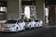 Taxis en el aeropuerto de Madrid Barajas.