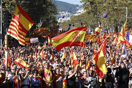 Manifestación por la unidad de España, convocada por Societat Civil...