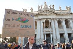 Más de 40.000 italianos se han manifestado en Roma.