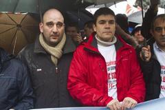 Los sindicalistas Serafín Rodríguez (izqda.) y Carlos Rivas, condenados a tres años de cárcel, fueron indultados en febrero de 2019.