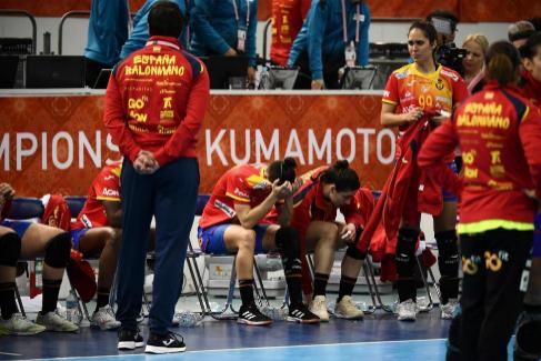 Una polémica jugada final impide a España luchar por el oro ante Holanda