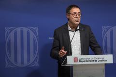 Antonio Moreno 11.12.2019 Barcelona Cataluña. el secretario de Medidas Penales de la Generalitat ,<HIT>Amand</HIT> <HIT>Calderó</HIT> rueda de prensa por el tratamiento penitenciario de los presos del procés.