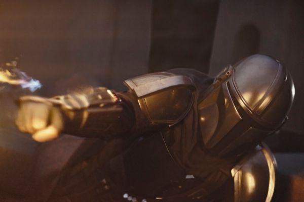 Pedro Pascal no es quien lleva la armadura todo el tiempo en The...