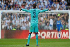 Los genios tienen motivos, los árbitros españoles sólo son malos