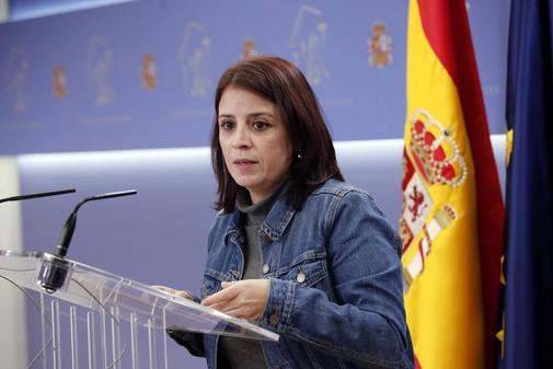 Adriana Lastra, portavoz del PSOE en el Congreso, en rueda de prensa.