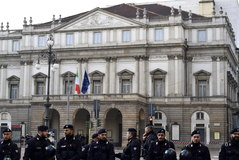 <HIT>Milan</HIT> (Italy).- <HIT>Carabinieri</HIT> Italian military police officers stand guard at the area in front of La Scala opera house during a sit-in protest prior to the gala season opener of Giacomo Puccini's opera 'Tosca', in <HIT>Milan</HIT>, northern Italy, 07 December 2019. The Scala opera house season opener is considered one of the highlights of the European cultural calendar. (Protestas, Abierto, Italia) EPA/