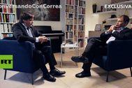 Carles Puigdemont y Rafael Correa, en un momento de la entrevista.