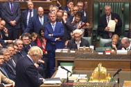 El primer ministro británico, Boris Johnson, comparece este martes en Westminster.