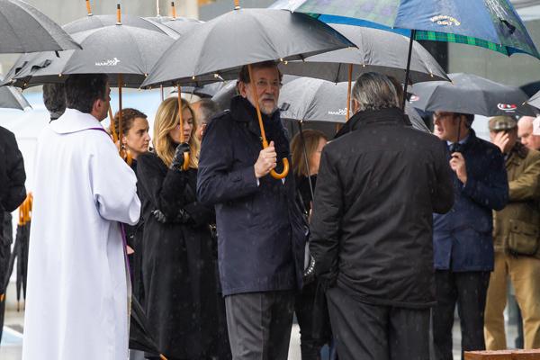 El ex presidente del Gobierno Mariano Rajoy en el entierro de su hermana Mercedes