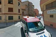 Acceso a la calle Lepanto de Castellón en otra intervención de los sanitarios.