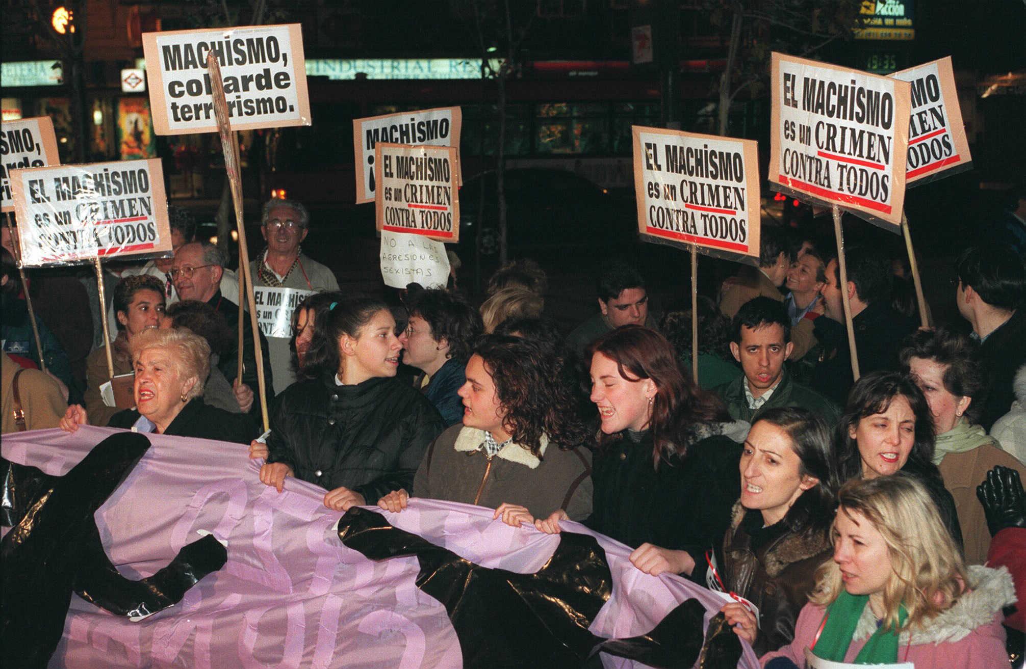 Manifestación en Madrid tras el asesinato de Ana Orantes.