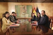 Los negociadores de ERC y del PSOE, en una reunión en el Congreso de los Diputados.