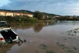 Calles inundadas y casas anegadas en Reinosa tras la crecida de los tres ríos de la localidad