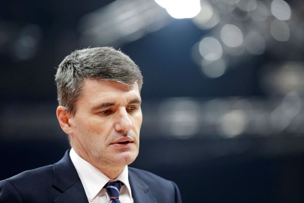 Belgrade (Serbia).- Head coach of Baskonia Velimir...