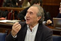 El conseller de Educación, Martí March, en el Parlament.