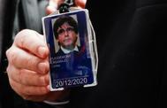 Detalle de la acreditación de Carles Puigdemont para acceder a las instalaciones del Parlamento Europeo como eurodiputado.
