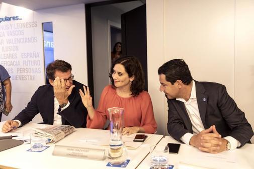 Alberto Núñez Feijóo, Isabel Díaz Ayuso y Juan Manuel Moreno,...