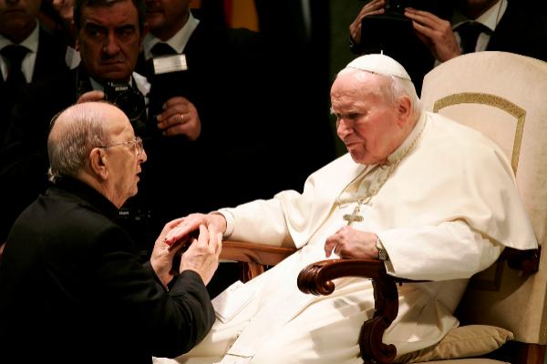 Pope John Paul II (R) blesses Father Marcial <HIT>Maciel</HIT>,...