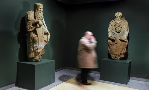 La Audiencia de Madrid da la razón a los Franco en las estatuas del Mestre Mateo que reclama el Ayuntamiento d