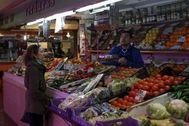 Uno de los puestos del Mercado de la Cebada.