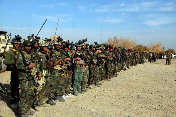 Helmand (Afghanistan).- Afghan security forces prepare to patrol in...