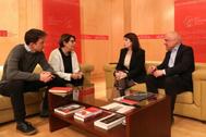 Íñigo Errejón e Inés Sabanés, de Más País, y Adriana Lastra y Rafael Simancas, del PSOE, en la reunión de este lunes en el Congreso.