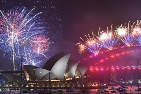 2020 ya está aquí: Sydney mantiene, pese a los incendios, sus fuegos artificiales