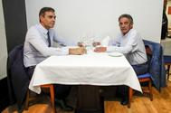 Sánchez y Revilla, durante una comida en Santander.