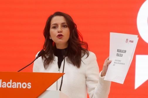 """Inés Arrimadas llamará hoy a los barones del PSOE para que """"frenen el desastre del Gobierno Frankenstein"""""""
