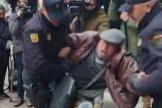 PP y Vox piden explicaciones por el arresto de un hombre que se manifestaba ante la sede del PSOE