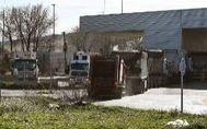 Camiones de residuos operan en la planta de Valdemingómez