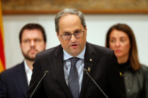 Quim Torra comparece junto al resto del Gobierno catalán.