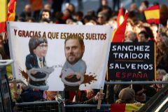 """""""España unida jamás será vencida"""""""