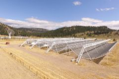 El telescopio CHIME con el que se estudian las FRB o estallidos de radio