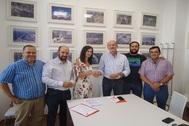 Imagen de archivo del pacto firmado entre el PSOE y Ciudadanos tras las elecciones de mayo.