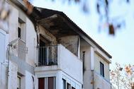 Vivienda calcinada en la que han fallecido dos personas en Huelva.