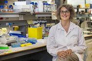 La investigadora Sara Cogliati, en el centro Nacional de Investigaciones Cardiovasculares.