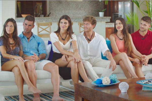Algunos de los participantes en el programa 'La isla de las tentaciones'.
