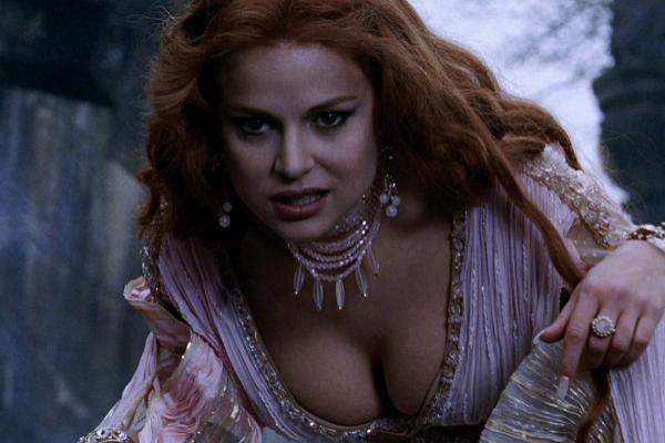 Elena Anaya, como vampiresa en 'Van Helsing'.