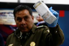 El maletín con 100.000 dólares de la secretaria del hombre fuerte de Evo Morales