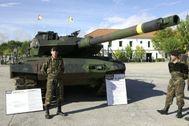 Carros de combate Leopard 2E, como los que intentó vender Defex a Arabia Saudí.