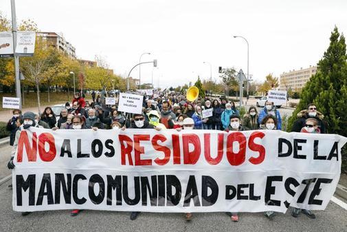 Manifestación de vecinos de Vallecas contra la acogida de residuos de...